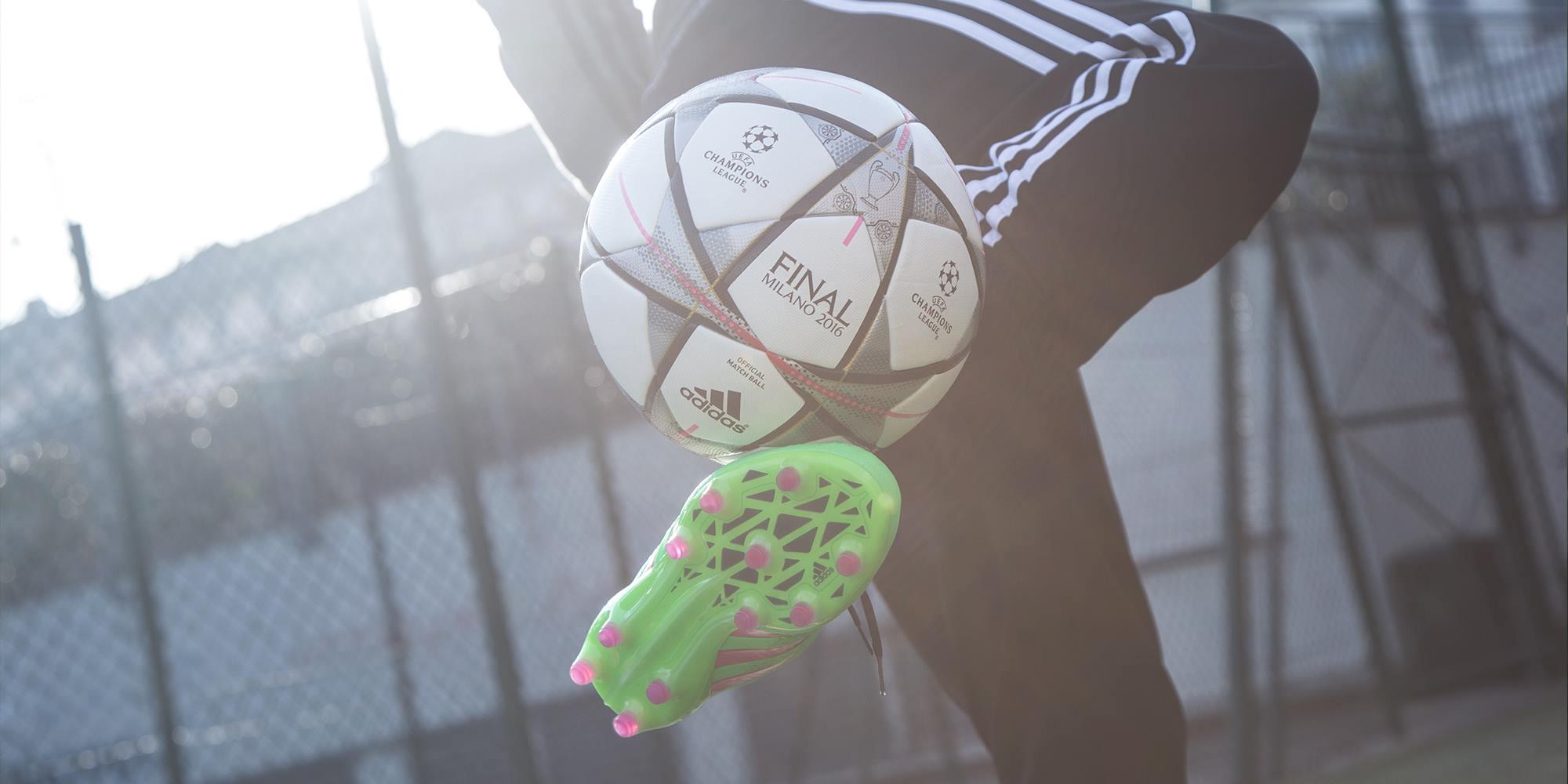 8de73921015e3 FOTO  Facebook Adidas Football