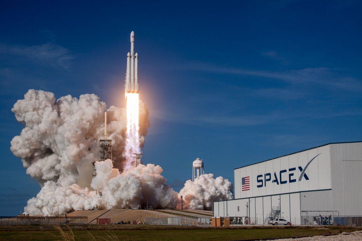¿Internet desde el espacio? Esto buscará SpaceX