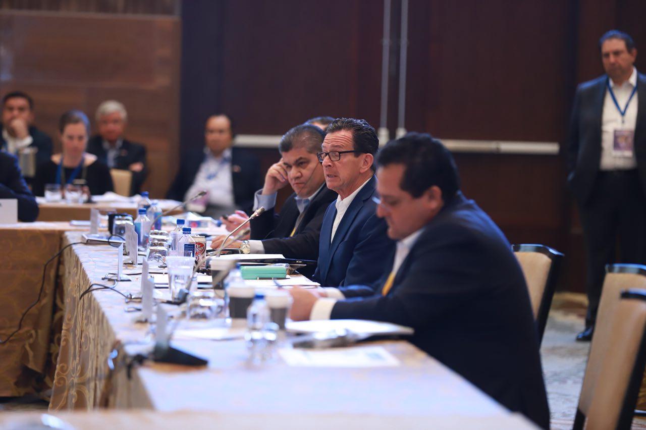 Gobernador de Tamaulipas participa en cumbre internacional