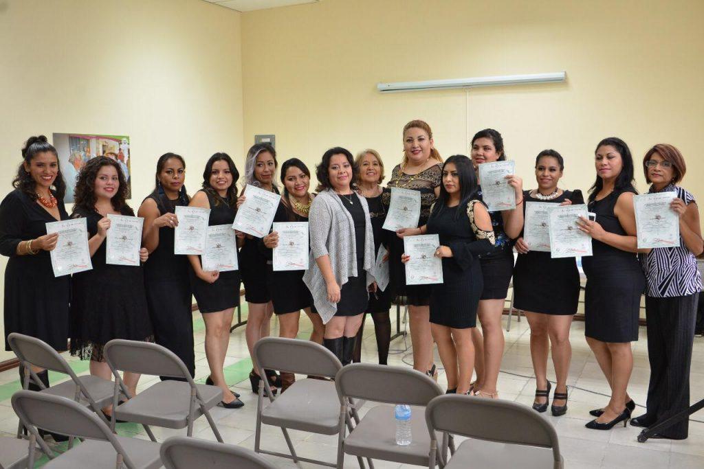 b3fc88570a0fc Finalizan cursos de Maquila en Casa