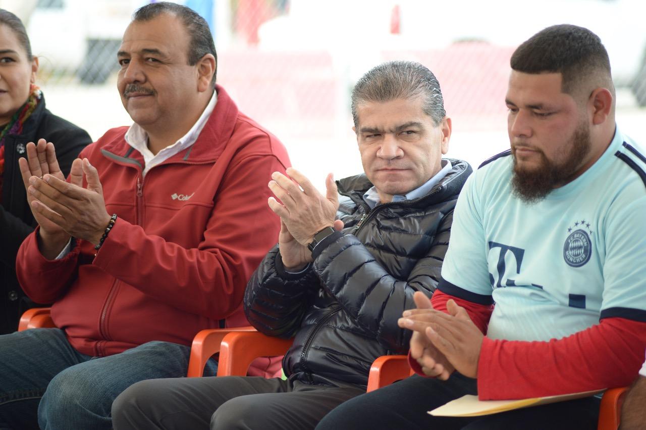 Con 'Vamos a Michas' construye MARS campos deportivos en Progreso - El Heraldo de Saltillo