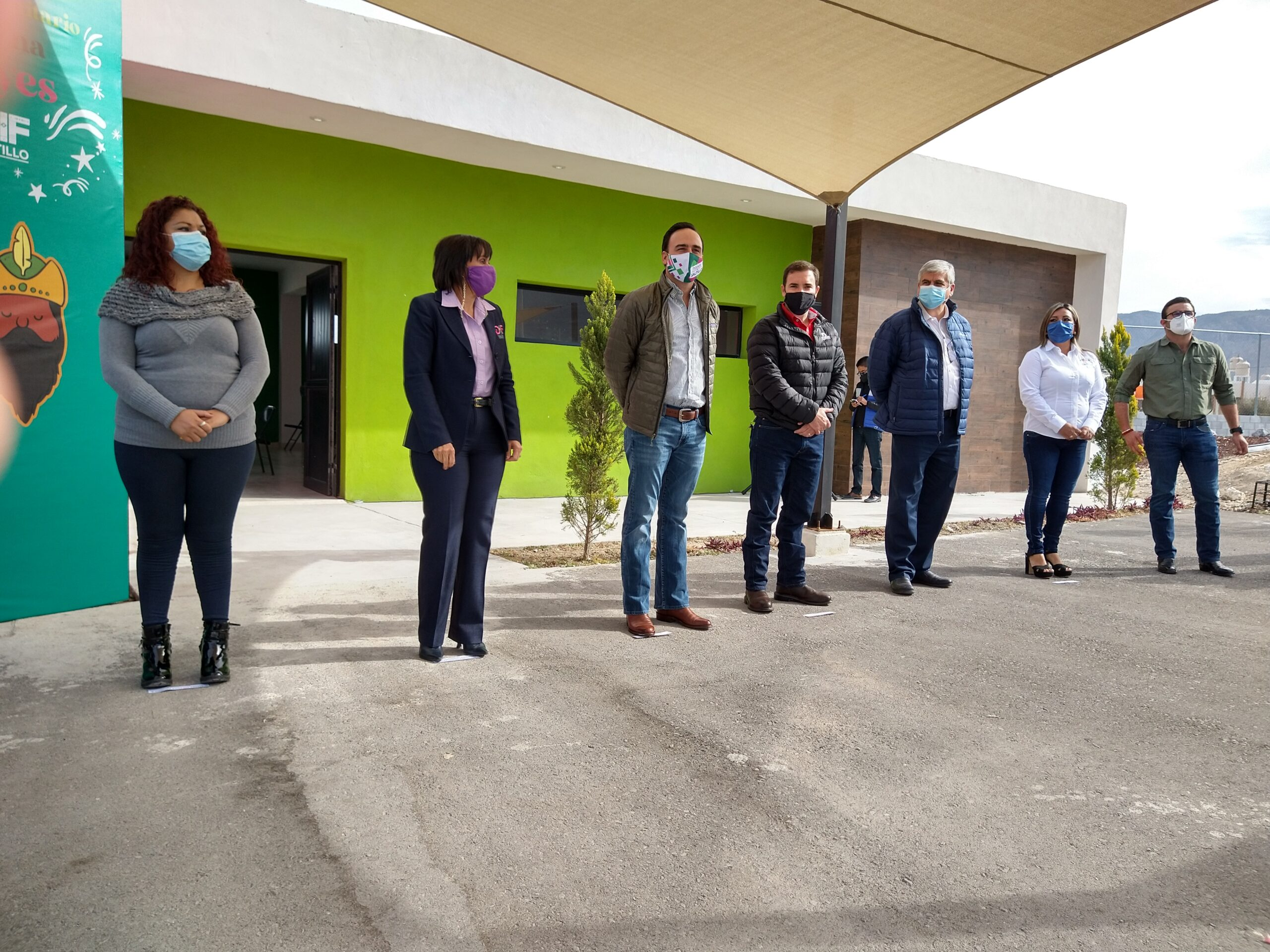 Inaugura Manolo centro comunitario al sur de Saltillo